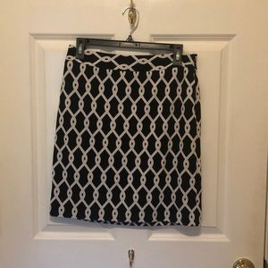 Adrienne Vittadini Black and White Skirt